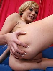 Flirty blonde Sascha Sin gets nailed on sofa with cumshot